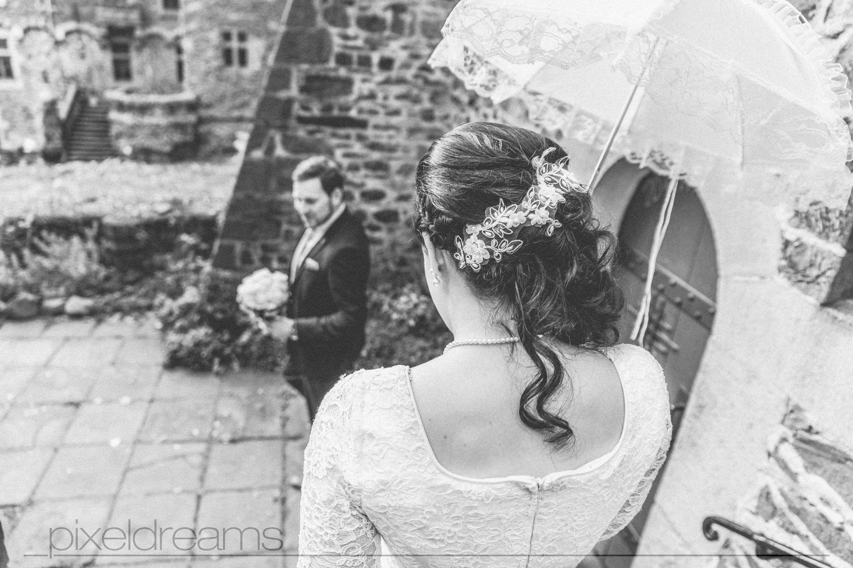 Hochzeitsbilder/ Hochzeitsfotosvon Jana & Georg am Schloss Braunsfeld