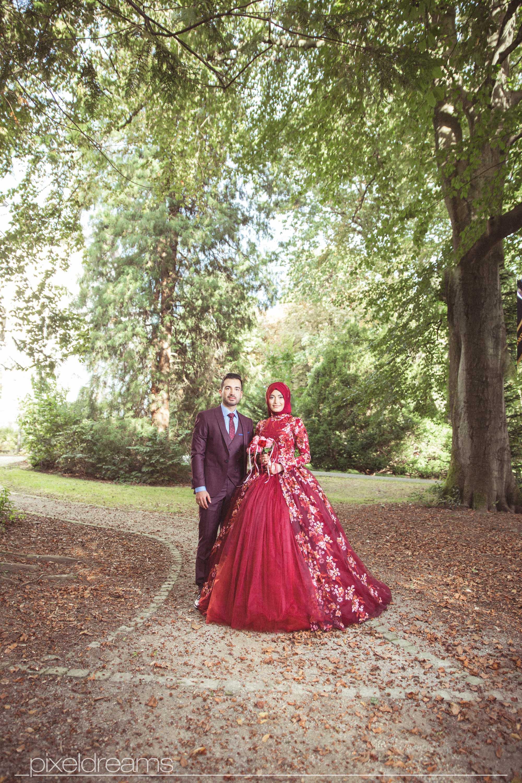 Hochzeitsfotograf-Siegen-Kreuztal-Gelbe Villa-Dreslers Park-Braut Braeutigam-Brautkleid-Henna-Hennaabend