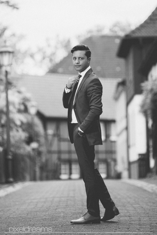 bräutigam-style-anzug-schick-styling-foto-bochum-hochzeitsfotograf-hochzeitsfoto-pixeldreams