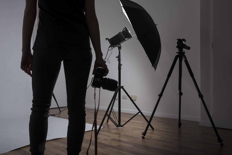 f im Fotostudio Existenzangst wegen Gesetz ueber Passfotos beim Amt-2